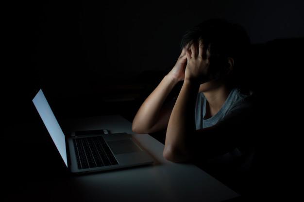 هاكر يدفع تعويضات لضحاياه بعملة البتكوين بعد اختراقهم