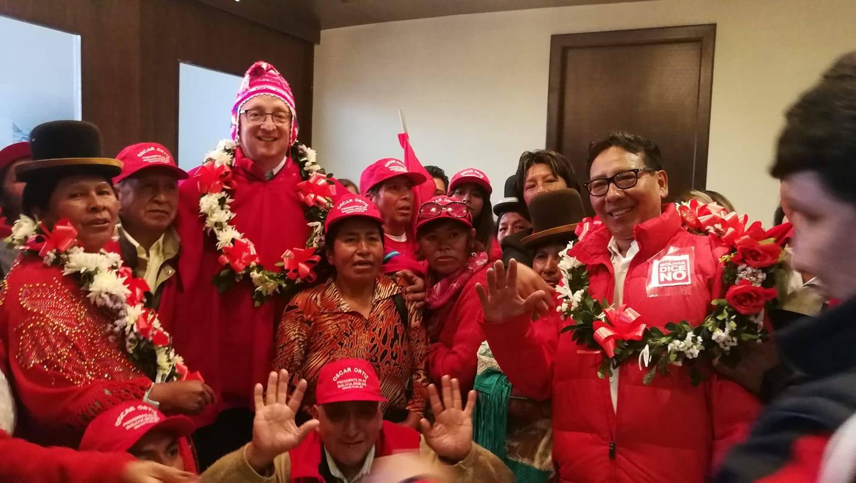 El senador opositor estuvo en la urbe alteña para presentar a sus candidatos uninominales / PRENSA BDN