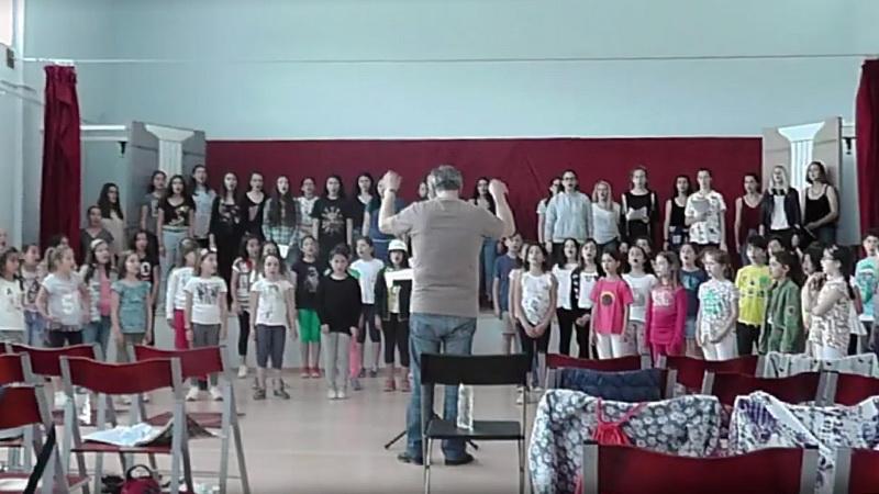 Σαμοθράκη: Τα παιδιά τραγούδησαν με τα φτερά της Νίκης