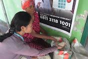 Puluhan Warga Kembalikan Beras Bantuan Sosial Covid-19 Tak Layak