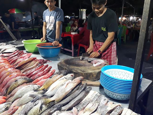 Ikan bakar pasar Higienis malam hari