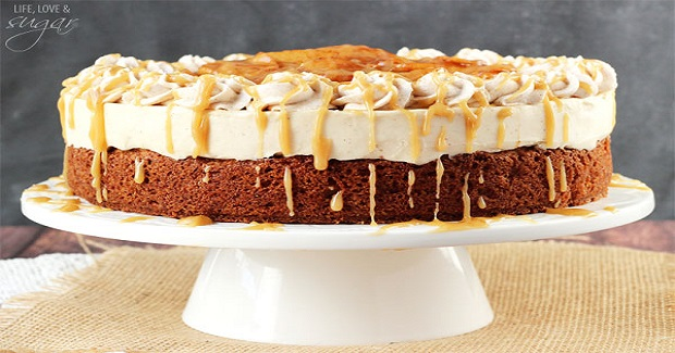 Caramel Apple Blondie Cheesecake Recipe