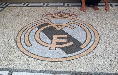 Desain Motif Batu Sikat club sepak bola