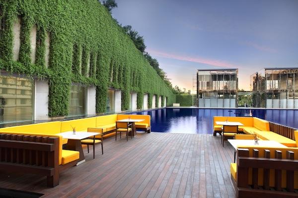 pool at The Oberoi Gurgaon Hotel