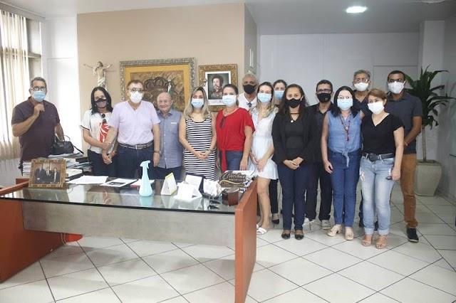 COVID-19: Prefeito Mão Santa determina reabertura emergencial do Hospital Campanha Nossa Senhora de Fátima