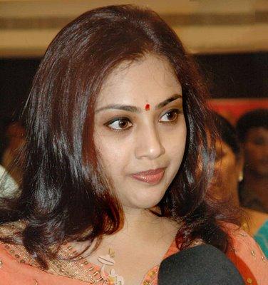 Mahi aunty 02 full length telugu movie ravi krishna silpa nisha - 2 4