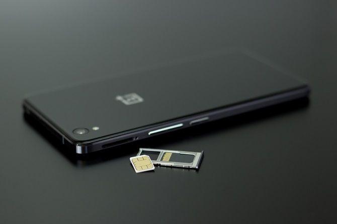 كيفية إصلاح خطأ SIM غير متوفر