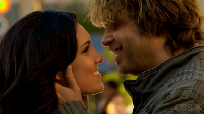 kensi and deeks first meet scene girls