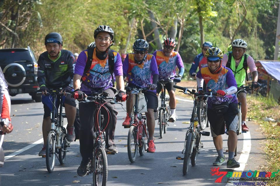 My Biking Diary: Jamselinas dan 'Kebangkitan' Sepeda Lipat