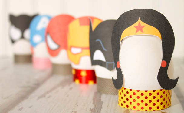 Disfraces de Super Héroes para tus Huevos de Pascua, para Imprimir Gratis.