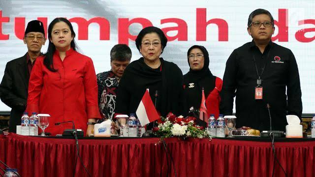 Absennya PDIP dari Pilkada Sumatera Barat dan Kota Cilegon juga bukan karena inisiatif PDIP. Tetapi karena PDIP 'ditinggalkan' oleh Calon Kepala Daerah (Cakada) yang diusungnya.