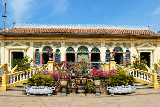 Visit the old architecture of the ancient house of Binh Thuy Can Tho