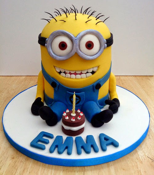 How to Make a Minion Birthday Cake with Impressive Cream