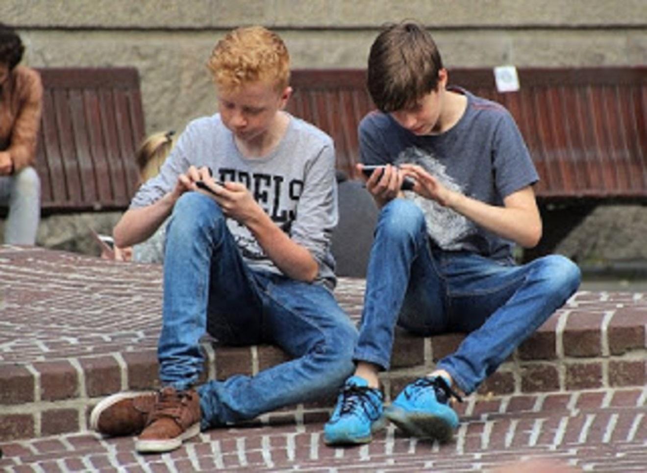 cara main pes mobile offline di hp smartphone