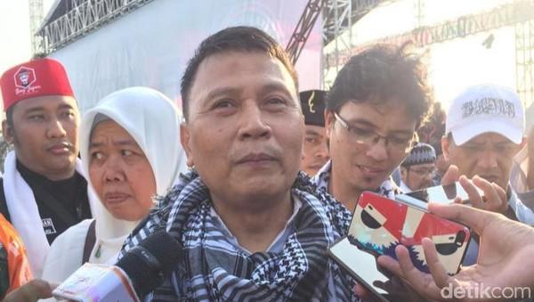 PKS soal FPI Ganti Nama Lagi: Petak Umpet, Karena Pemerintah Tak Jelas