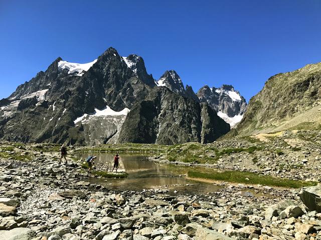 lac glaciaire face au Pevoux