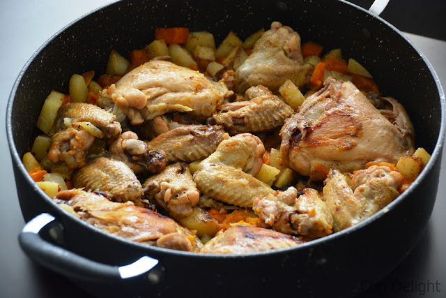 "עוף, תפו""א, בטטה ושום בסיר סוטאז chicken, garlic, potatoes and sweet potato"