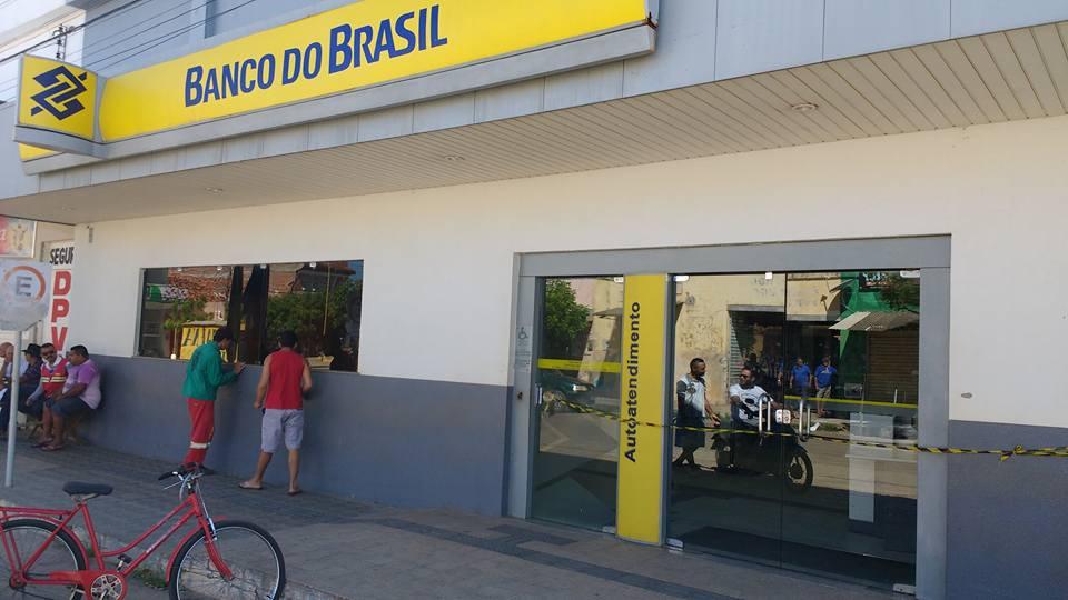 banco-do-brasil-de-quixere-e-assaltado-nesta-madrugada