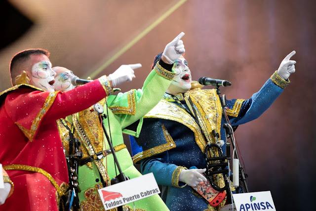 FOTO%2BARCHIVO%2BCONCURSO%2BMURGAS%2B%25281%2529 - Fuerteventura.- Carnaval de Puerto del Rosario : Concurso Insular de Murgas, Cabalgata, Achipencos, Carnaval de Día y Entierro de la Sardina con buen tiempo y muchas ganas