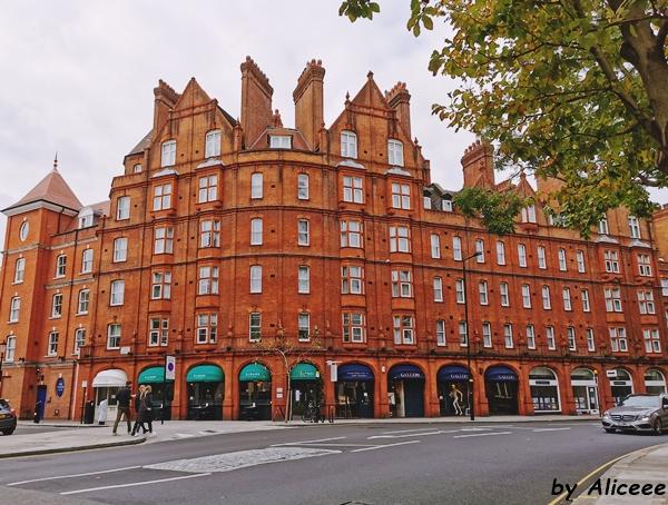 Sloane-Square-Chelsea-London-photos