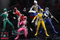 Power Rangers Lightning Collection SPD Omega Ranger & Uniforce Cycle 55