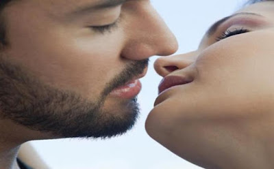 Ternyata Ciuman Bisa Mengakibatkan Penularan Sifilis