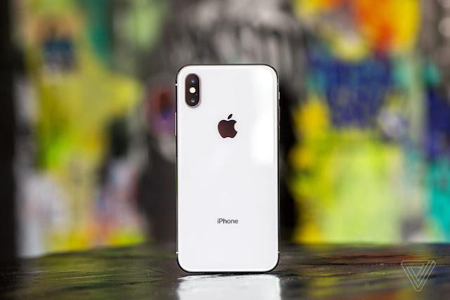 Vì sao smartphone cao cấp 2018 đều sử dụng thiết kế kính?