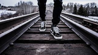 melangkah