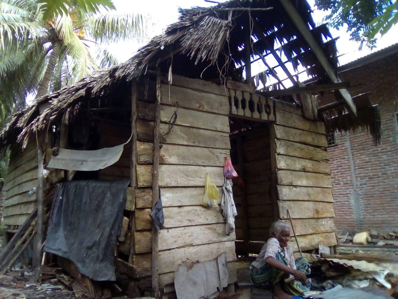 Kisah Nenek Zainabah Harapkan Rumah Layak Huni