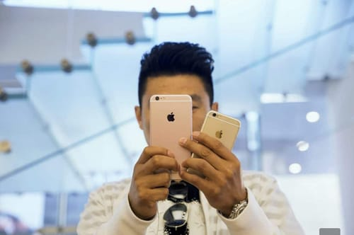 Apple faces a new lawsuit over slowing down its iPhone