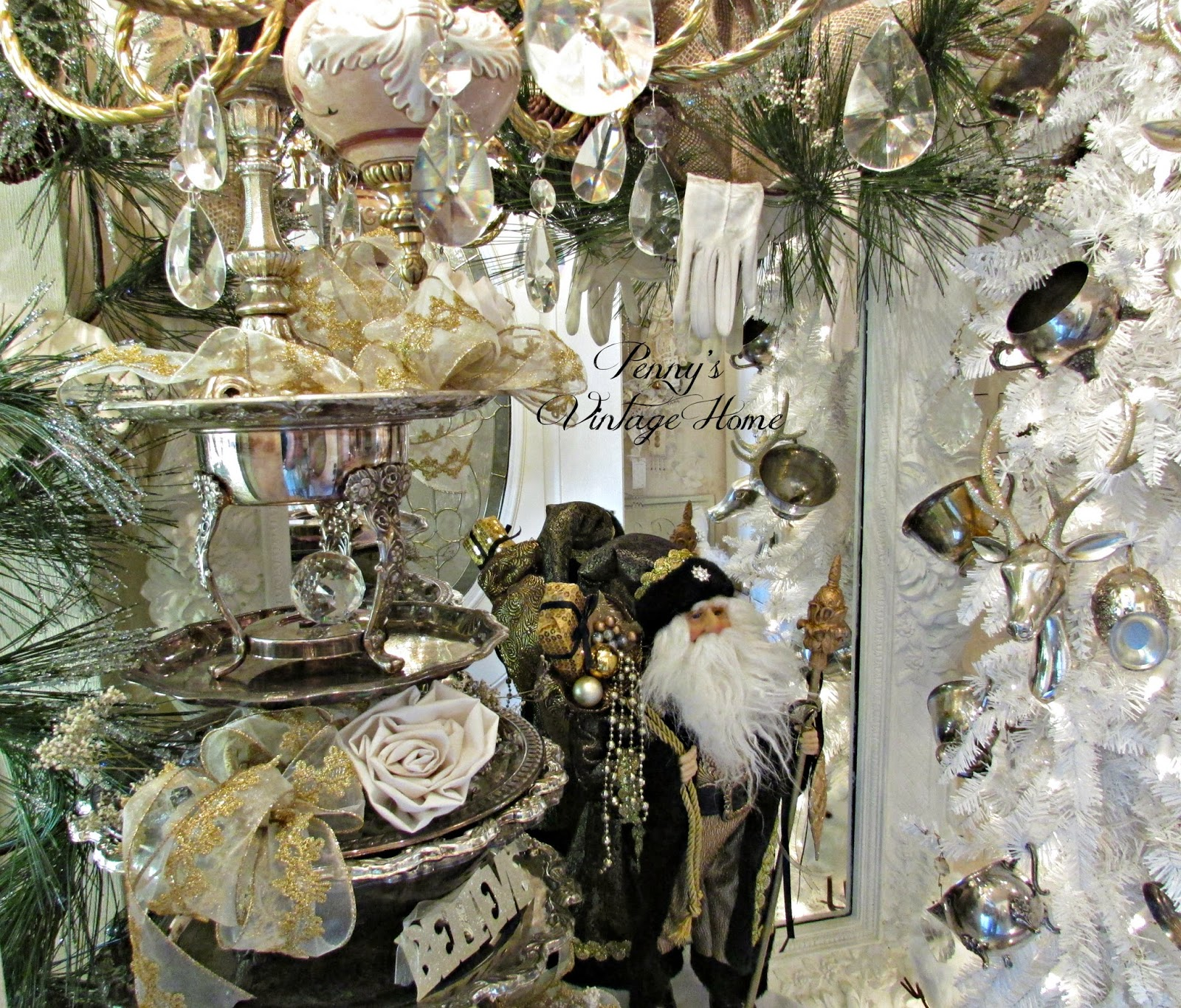 penny 39 s vintage home silver and gold christmas decor. Black Bedroom Furniture Sets. Home Design Ideas