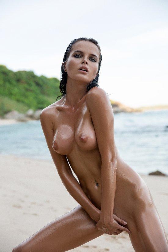 Ilya Bukowski arte fotografia fashion mulheres modelos sensual provocante nudez peitos Maria Klepchenko Lions Magazine