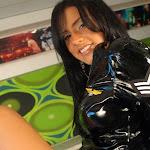 Andrea Rincon, Selena Spice Galeria 5 : Vestido De Latex Negro Foto 90
