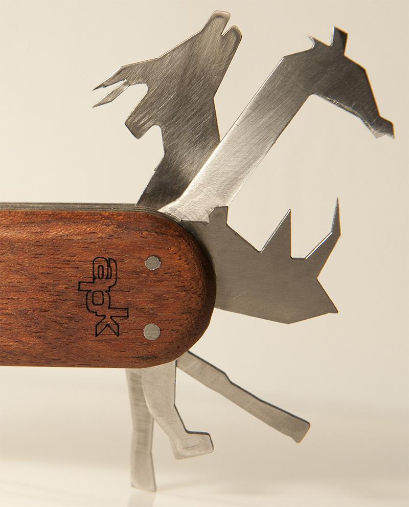animal pocket knife