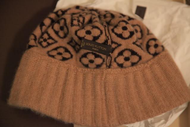 aa133f89f4b Louis Vuitton Bonnet Monogram Ski Hat