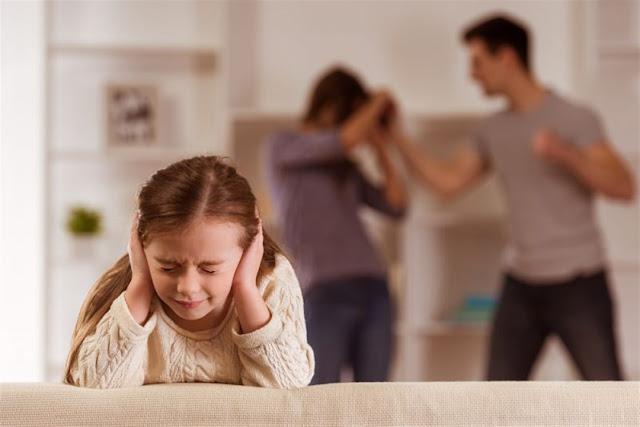 الطلاق وآثاره علي الزوجين والمجتمع والأبناء