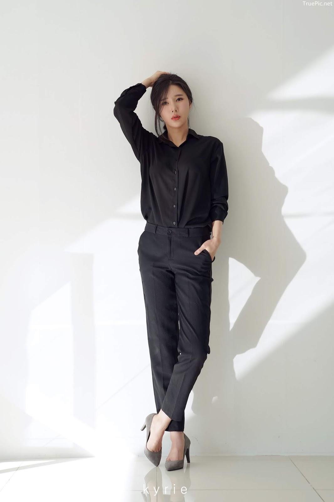 Korean racing queen - Song Ju Ah - Studio Photoshoot - Picture 2
