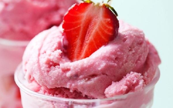 Receita de sorvete cremoso de gelatina (Imagem: Reprodução/UOL Comidas e Bebidas)