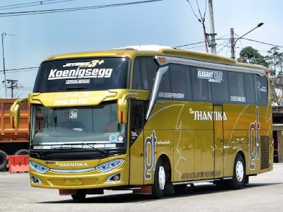 Foto Bus New Shantika 5B