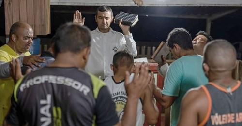 Pastor já viu mais de 2.500 homens renunciaram às facções para seguir Jesus