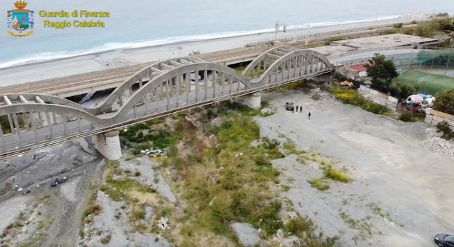 Reggio Calabria: sequestrato il ponte di Pilati in Melito Porto Salvo ed il viadotto sulla Fiumara Tuccio a rischio crollo (VIDEO)