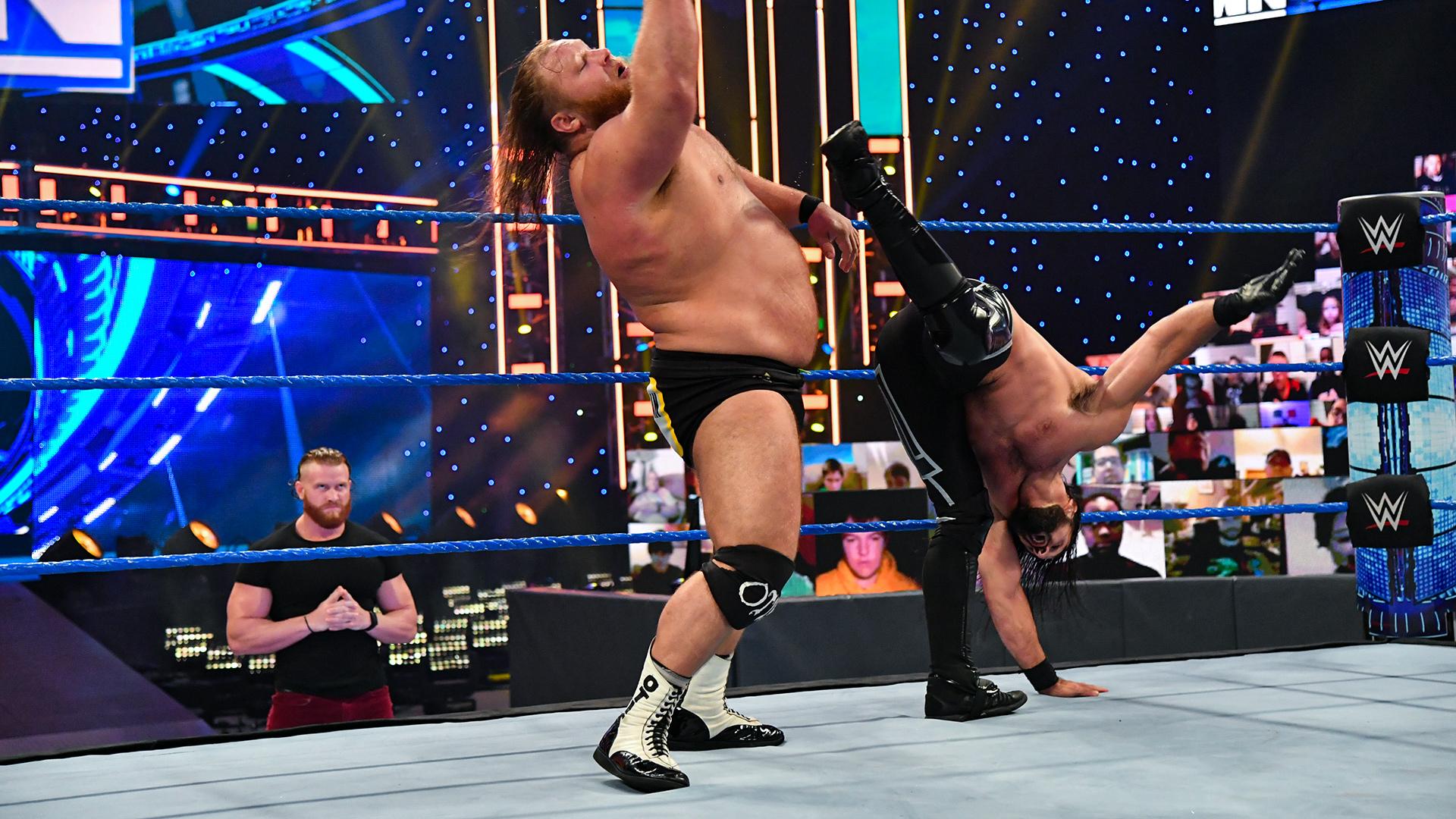 "Seth Rollins garante o seu lugar na ""Traditional Survivor Series Match"""