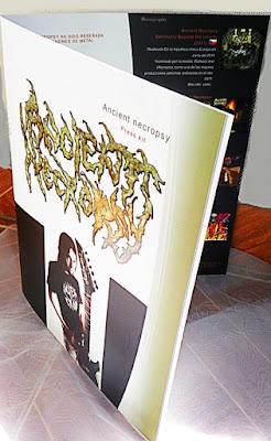 Brochure de la agrupación de metal de medellín