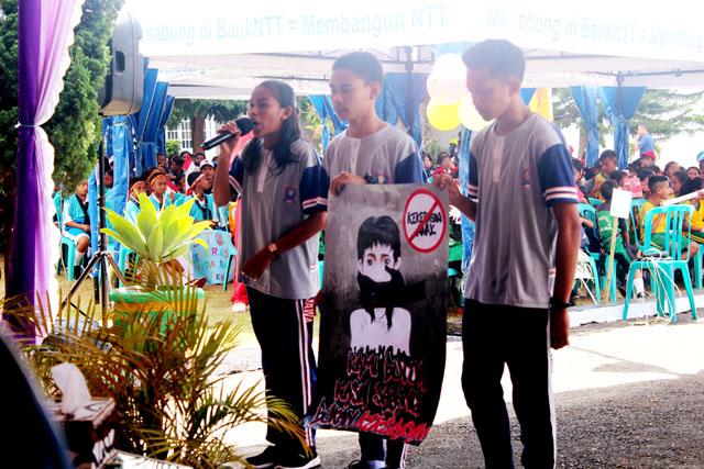SMAN 1 Bajawa Juara Lomba Poster 'Stop Kekerasan Terhadap ...