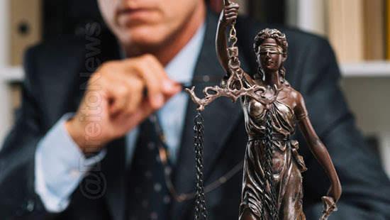 advogado usar expressao pela ordem direito