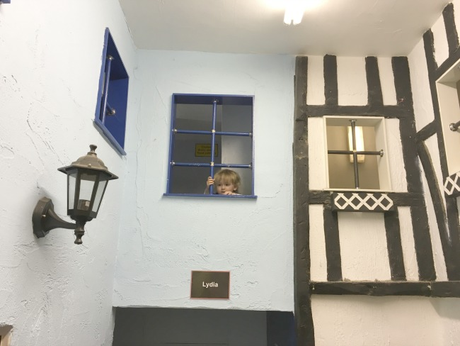 toddler-looking-through-window-at--Perrygrove-Railway-Indoor-Village