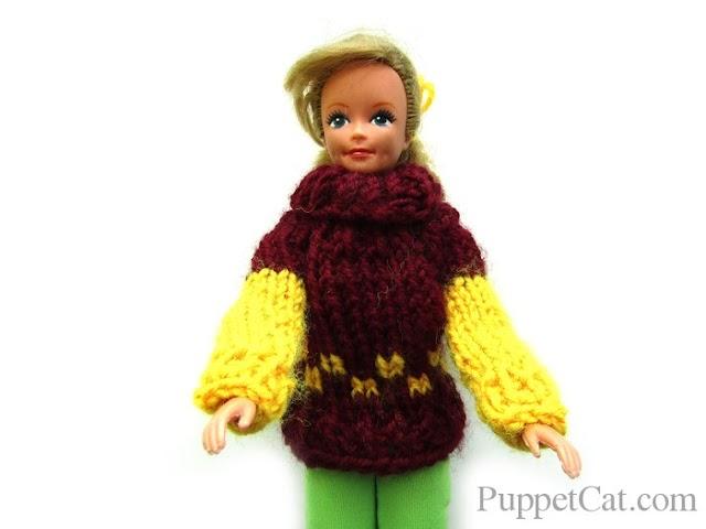Как связать свитер с узором для куклы на пяти спицах