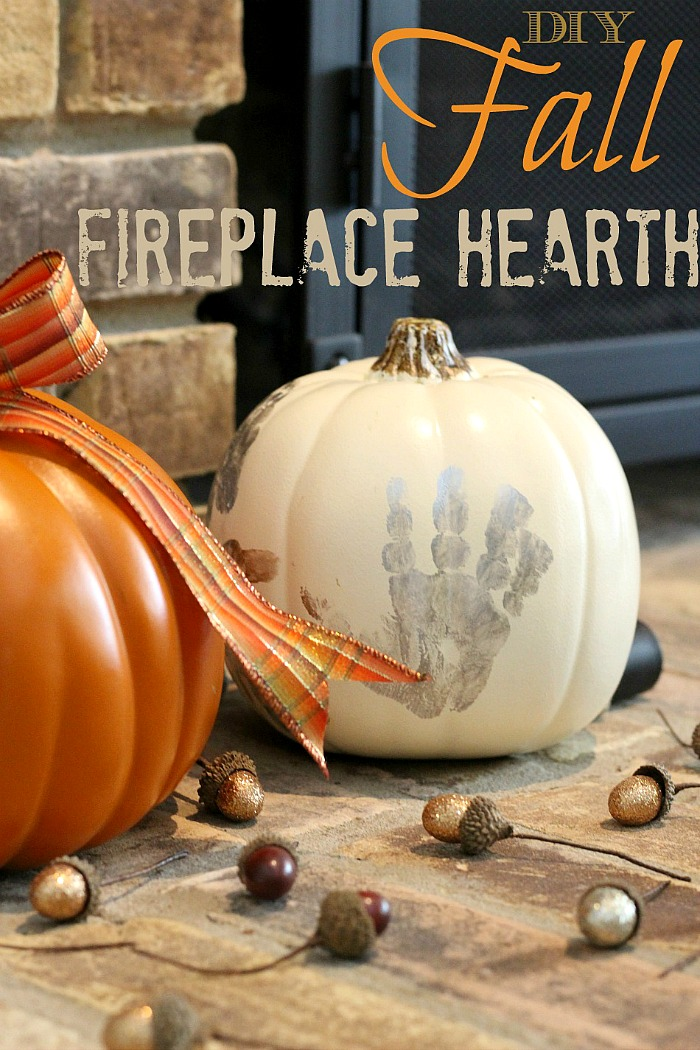 A fun fall decor DIY that you and your kids can do! Decorate interior or exterior spaces with this fall and Halloween craft #fall #homedecor #seasonaldecorating #halloween