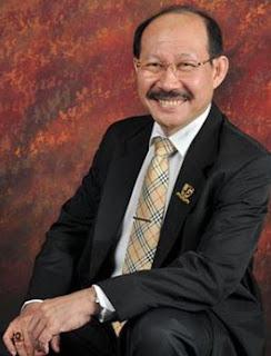 Direktur Utama CEO Kompas Gramedia
