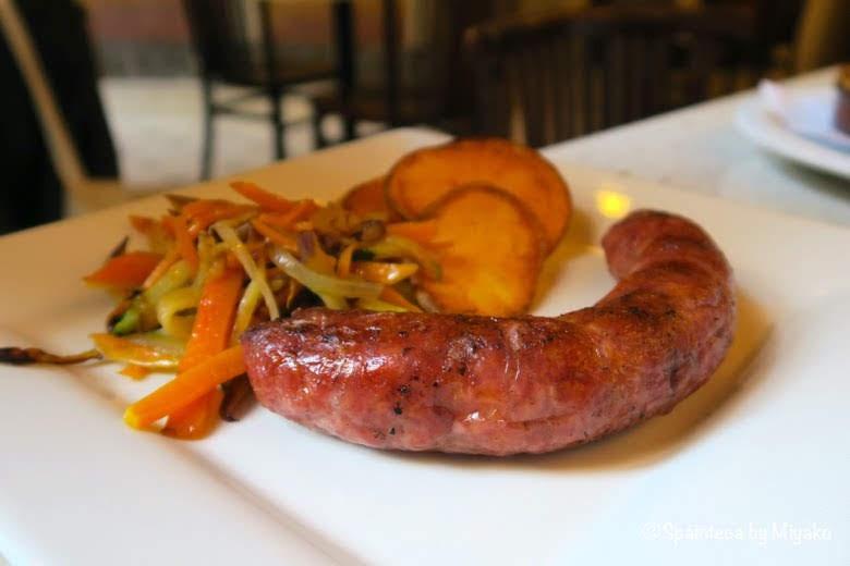 バルセロナで食べるブティファラ(ソーセージ)Butifarra